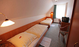 new-home-hotel